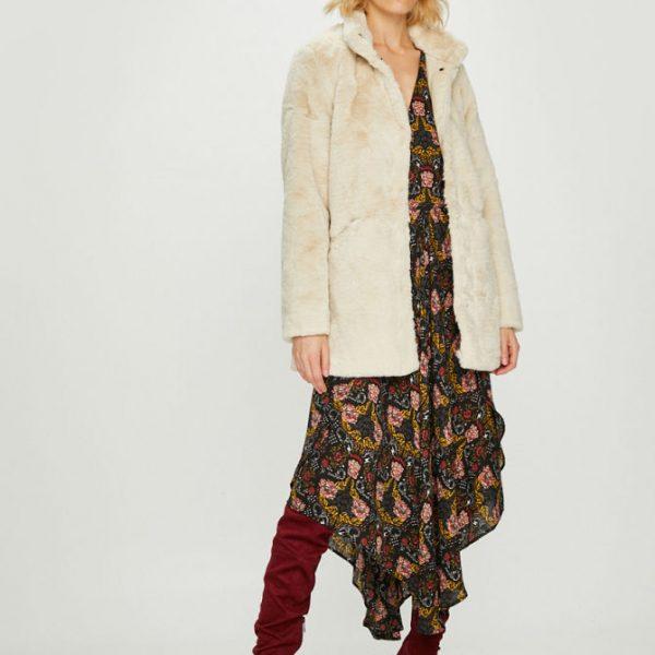Palton dama din blana ecologica crem
