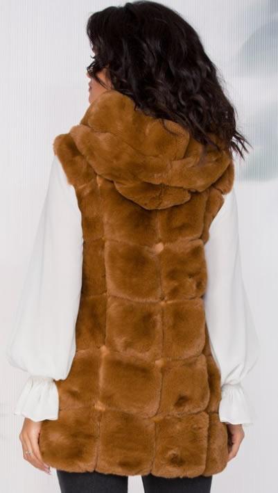 Vesta blana artificiala dama maro cu gluga