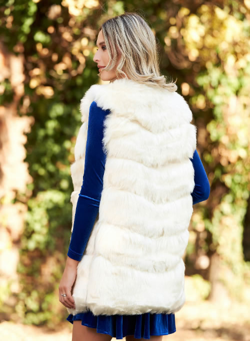 Vesta din blana artificiala dama alba